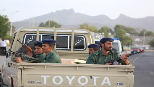 مصرع 37 حوثياً في معارك مع «الشرعية»