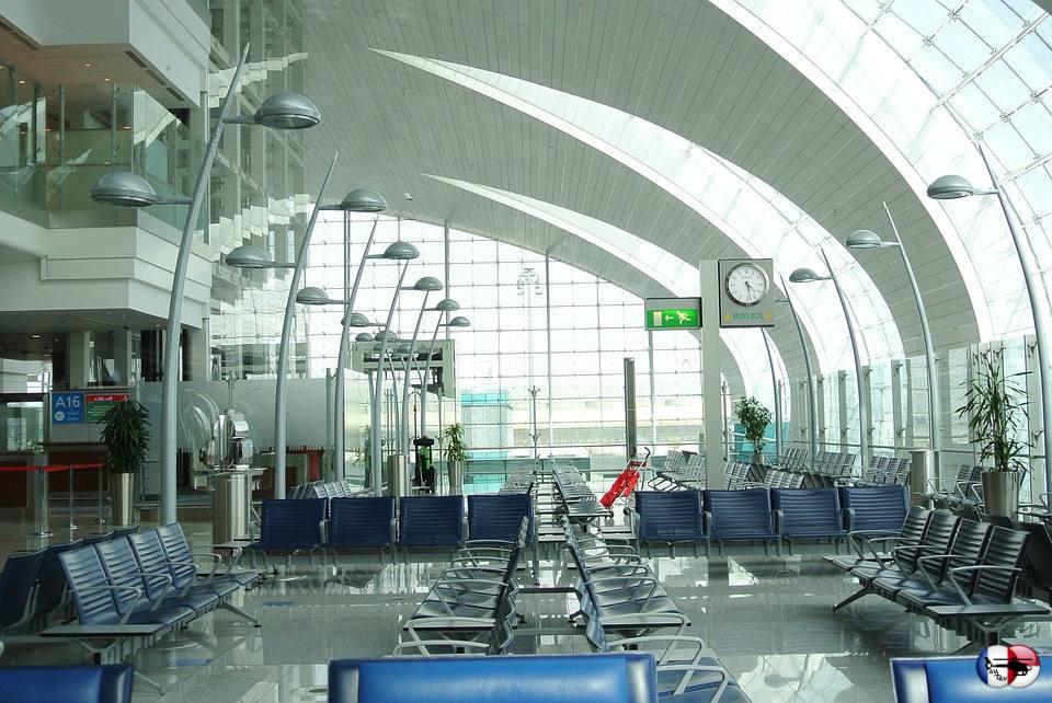 Дубай аль мактум аэропорт табло прилета жилье прага купить